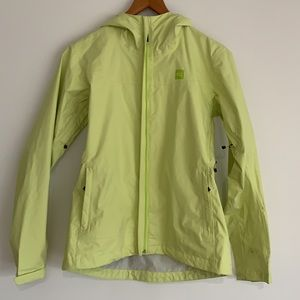 MEC Sideswept Rain Jacket Light Green SzS